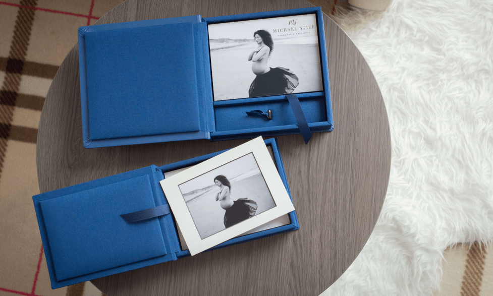 Folio Box with or withour USB drive