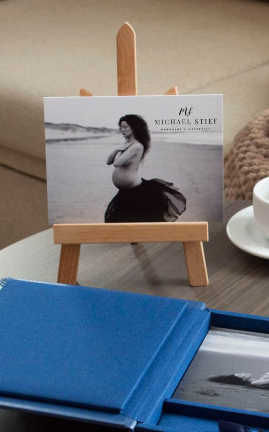 Wooden Photo Easel